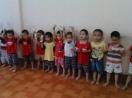 Quảng Ninh: Xôn xao hình ảnh 12 bé trai bị bắt cóc không tìm được cha mẹ