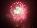 Pháo hoa bung nở rực rỡ đón mừng năm mới