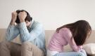 Vợ chết lặng vì lý do chồng nằng nặc đòi ly hôn