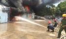 Huy động hơn 300 công an, bộ đội dập lửa tại xưởng gia dụng