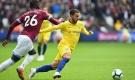 West Ham - Chelsea: Derby rực lửa, 'người nhện' cứu giá