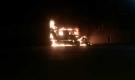 Xe container đỗ cạnh trạm xăng bốc cháy dữ dội trong đêm