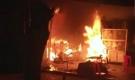 Cửa hàng của mẹ đơn thân bị phóng hỏa, 1 người bị bỏng