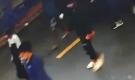 Nổ súng, ném bình gas truy sát người trong tiệm cầm đồ ở Tiền Giang