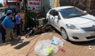 Nữ tài xế để ôtô trôi tự do tông chết người đi đường