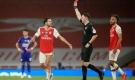 Nketiah nhận thẻ đỏ 4 phút sau khi vào sân, Arsenal chia điểm đáng tiếc
