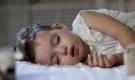 4 dấu hiệu khi ngủ cảnh báo trẻ bị thiếu canxi nghiêm trọng: Không bổ sung ngay con sẽ thấp bé, chậm lớn