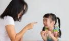 3 câu nói của cha mẹ có sức sát thương với trẻ, khiến trẻ lớn lên thiếu tự tin