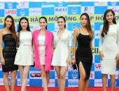 http://xahoi.com.vn/toan-canh-dan-sao-hoi-tu-co-vu-bong-da-tai-ha-noi-184595.html