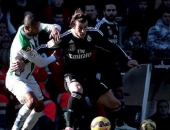 http://xahoi.com.vn/ronaldo-bi-the-do-bale-cuu-real-madrid-200713.html