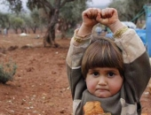 http://xahoi.com.vn/em-be-dau-hang-syria-gay-sot-206606.html