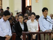 http://xahoi.com.vn/tiem-nham-vacxin-3-tre-tu-vong-long-bao-dung-cua-nhung-ba-me-mat-con-206703.html