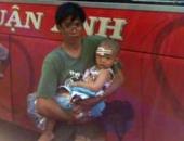 http://xahoi.com.vn/xe-giuong-nam-bi-nem-da-be-2-tuoi-trong-thuong-210409.html