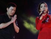 http://xahoi.com.vn/khan-gia-vai-lay-my-linh-ngoc-lien-gay-tranh-cai-o-guong-mat-than-quen-210547.html