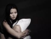 http://xahoi.com.vn/toi-thuong-xuyen-phai-nhan-don-roi-vi-biet-duoc-bi-mat-cua-chong-va-co-hang-xom-214489.html