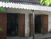 http://xahoi.com.vn/vo-lam-xa-chong-bat-con-gai-dam-lung-hang-toi-roi-cuong-hiep-215107.html