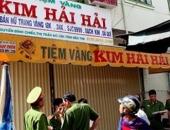 http://xahoi.com.vn/ten-trom-gan-100-luong-vang-o-ben-tre-co-doi-mat-loi-226194.html