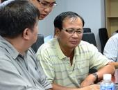 http://xahoi.com.vn/chu-quan-xin-chao-va-chu-choi-vit-san-long-tha-thu-226256.html