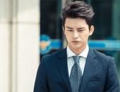 http://xahoi.com.vn/nhung-man-lot-xac-an-tuong-cua-my-nam-man-anh-han-230065.html