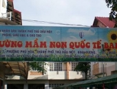 http://xahoi.com.vn/dinh-chi-co-giao-truong-quoc-te-danh-be-4-tuoi-tim-chan-232189.html