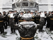 http://xahoi.com.vn/chum-anh-quoc-te-buc-tuong-dieu-khac-an-tuong-va-xe-bus-phat-sang-244643.html