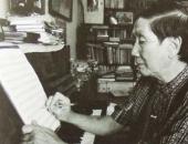 http://xahoi.com.vn/he-lo-chuyen-tinh-yeu-cua-nhac-si-pham-tuyen-trong-nho-va-quen-244679.html