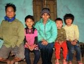 http://xahoi.com.vn/ong-cut-tay-ba-mu-mat-nuoi-3-chau-nho-mo-coi-251426.html