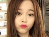 http://xahoi.com.vn/khong-tham-gia-showbiz-3-me-don-than-van-noi-tieng-vi-dep-mon-con-mat-va-gioi-kiem-tien-254471.html