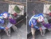 http://xahoi.com.vn/hanh-phuc-thuc-ra-vo-cung-gian-di-giong-nhu-cach-doi-vo-chong-tho-son-tang-nhau-bo-hoa-nay-255373.html