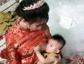 http://xahoi.com.vn/chuyen-hau-truong-bat-ngo-cua-co-dau-vua-mac-vay-cuoi-vua-cho-con-bu-gay-sot-tren-dien-dan-chi-em-255457.html
