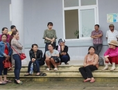 http://xahoi.com.vn/thong-tin-moi-vu-san-phu-tu-vong-o-quang-tri-255462.html