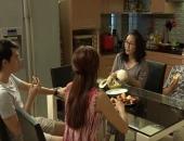 http://xahoi.com.vn/tap-8-song-chung-voi-me-chong-me-len-con-ghen-hoan-thu-259766.html