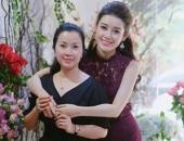 http://xahoi.com.vn/a-hau-huyen-my-bat-ngo-bi-to-ga-gam-nguoi-yeu-cua-ban-than-263327.html