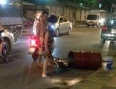 http://xahoi.com.vn/no-thung-phuy-hai-chan-nguoi-dan-ong-bi-dap-nat-267863.html