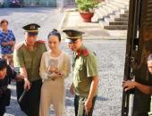 http://xahoi.com.vn/vu-an-phuong-nga-hom-nay-nguoi-phu-nu-ten-nguyen-mai-phuong-se-xuat-hien-tai-toa-268416.html