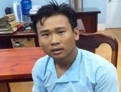http://xahoi.com.vn/bat-con-gai-5-tuoi-cua-nguoi-yeu-lam-con-tin-vi-bi-doi-chia-tay-279079.html