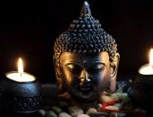 Đang niệm Phật bị làm phiền, người phụ nữ phản ứng và nhận ngay bài học sâu cay