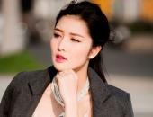 http://xahoi.com.vn/cuoc-song-cua-hoa-hau-viet-dau-tien-tra-lai-vuong-mien-284563.html