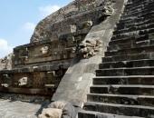http://xahoi.com.vn/ly-do-15-trieu-nguoi-mexico-chay-mau-mat-chet-500-nam-truoc-290164.html