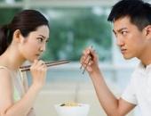 http://xahoi.com.vn/vo-xem-boi-toi-thanh-ca-nam-tren-thot-292766.html