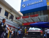 http://xahoi.com.vn/vu-khach-mat-245-ty-eximbank-thay-giam-doc-chi-nhanh-tphcm-296625.html