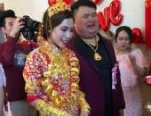 http://xahoi.com.vn/dam-cuoi-ngap-vang-o-trung-quoc-gay-xon-xao-du-luan-301984.html