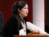 http://xahoi.com.vn/nsnd-hong-van-bat-khoc-he-lo-qua-khu-oan-uc-bi-giau-kin-suot-may-chuc-nam-303847.html