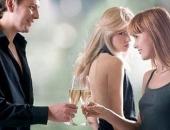 Say bí tỉ giữa buổi sinh nhật bạn thân, chồng vô tình lộ bí mật tày trời