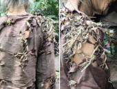 Sự thật chuyện 'bà cụ sống trong vườn nhà hàng xóm, quần áo rách phải vá bằng rơm rạ' đang lan truyền dữ dội trên MXH