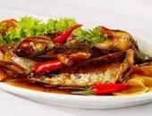 Cách làm cá nục sốt tỏi ớt thơm cay dân dã nhưng ăn 'cực đã'