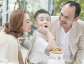 http://xahoi.com.vn/thu-trang-xuat-than-gia-dinh-giau-co-pha-san-song-kho-cuc-va-cuoc-tinh-dac-biet-voi-tien-luat-312266.html