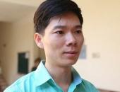 http://xahoi.com.vn/tiep-tuc-bi-cam-di-khoi-noi-cu-tru-bac-si-hoang-cong-luong-toi-vo-cung-that-vong-313902.html