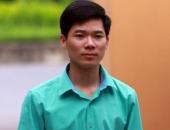 http://xahoi.com.vn/vi-sao-bac-si-hoang-cong-luong-bi-cam-di-khoi-noi-cu-tru-313939.html