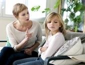 8 câu nói 'cửa miệng' của nhiều cha mẹ nhưng con bị tổn thương nghiêm trọng